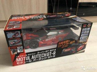 Модель игрушка на пульте управления GT-R Motul Autech R35Может дрифтить6 каналов управленияПроизводитель JozenМасштаб 1:16 большаяБыстро Съемный корпусПосмотреть в Артеме