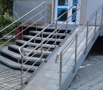 Фото в   Компания «Алтай Лестница» предлагает качественные в Барнауле 3200