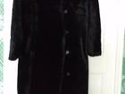 Скачать foto  Продам женскую мутоновую шубу, Цвет чёрный, размер 46-48, б/у, очень теплая, длинная, 67703968 в Березниках