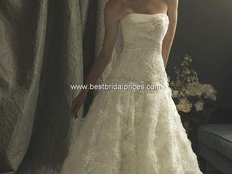 Просмотреть фото Свадебные платья Свадебное платье Allure Couture 32774021 в Дмитрове