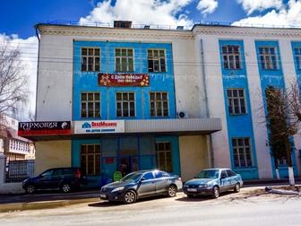 Номер объекта 16536, Сдаётся помещение в городе Дмитров улица Московская дом 3,  Общая площадь 83 кв, м, включает в себя 3 офисных помещения, одно из них проходное, в Дмитрове