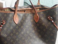Продам сумку Louis Vuitton несколько лет в носке, в хорошем состоянии не оригина