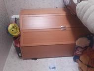 продам угловой шкаф Продам угловой шкаф, очень вместительный, в хорошем состояни