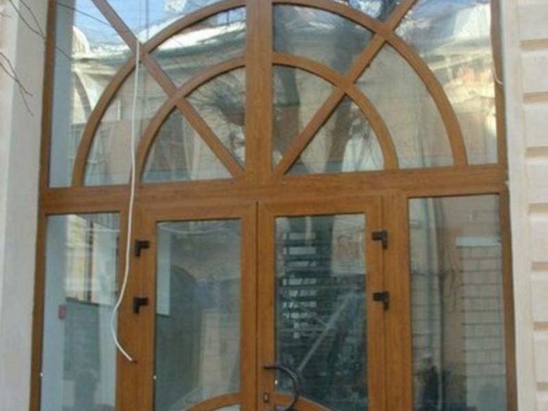 установка двери пвх для входной группы
