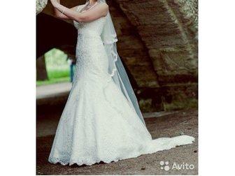 Скачать foto  продам элегантное, красивое платье со шлейфом и аксессуарами к нему 32927015 в Гатчине