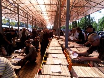 Просмотреть фотографию Коллекционирование 15000 виниловых пластинок из Стокгольма 37092879 в Гатчине