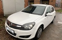 Opel Astra 1.6МТ, 2011, 90000км