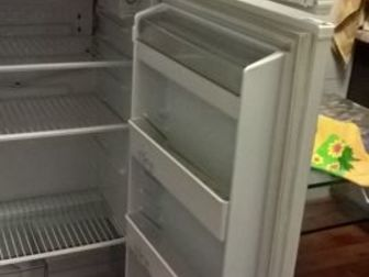 Продается б/у холодильник  Атлант ,  В рабочем состоянии , Без повреждений и ремонта , в Ижевске