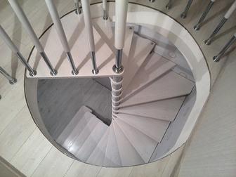 Скачать фотографию  Сборные винтовые лестницы в Якутск 38647898 в Якутске