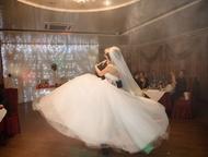 Свадебное платье Счастливое свадебное платье.   Стиль: Платье-принцессы  Размер: