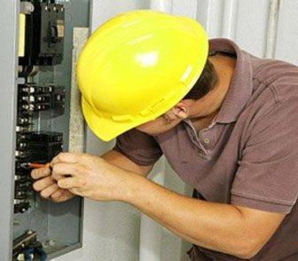 Фото в Электрика Электрика (услуги) Электрик с выездом на дом. Любые электромонтажные в Энгельсе 1