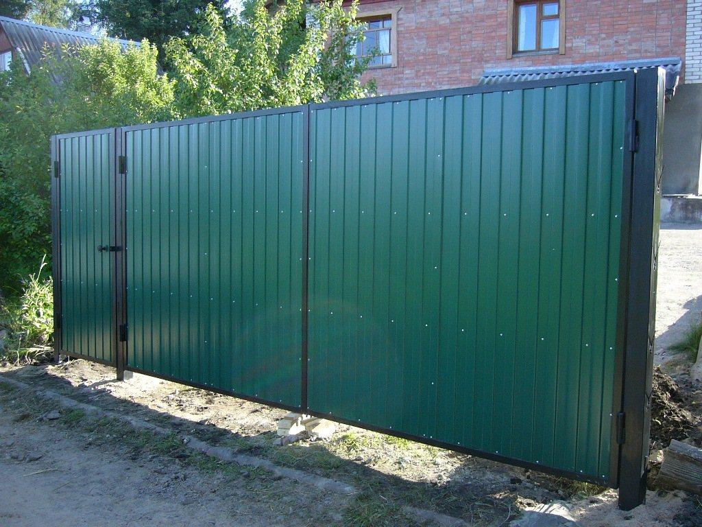 Распашые ворота с калиткой из профнастила цена производство вьездных ворот харьков