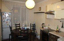 Продам двухкомнатную квартиру на Радуге
