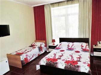 Смотреть foto Гостиницы, отели Недорогой семейный отдых на море, Сочи, Лазаревское гостевой дом РОМАНТИКА, 38793644 в Кемерово