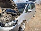 Volkswagen Touran 1.4МТ, 2012, 245000км