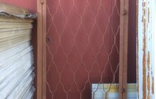 Дверь решётка