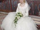 Фотография в Одежда и обувь, аксессуары Свадебные платья Продам свадебное платье. Пышное, цвет-слоновая в Красноярске 4000