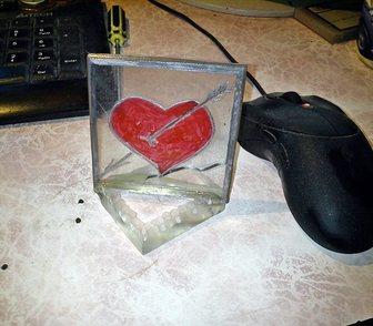 Фото в   Разбитое сердце. сувенир.   гравировка алюминием в Красноярске 500