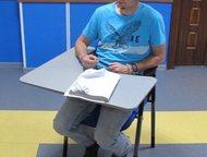конференц кресла для семинаров и конференций Кресла со столиком, 2500 р/шт  Они
