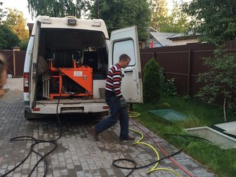 Смотреть foto Другие строительные услуги Прочистка канализации, устранение засоров и очистка труб 30780334 в Москве