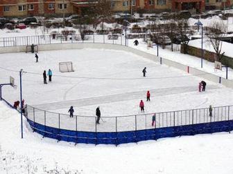 Свежее фото Другие спортивные товары Хоккейная коробка цена изготовление установка стеклопластик пластик фанера 36875485 в Москве