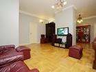 К продаже предлагается 4-комнатная квартира общей площадью 2