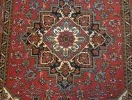 Продам ковёр Продаю ковёр ч/ш советских времён со стены в хорошем состоянии. Раз