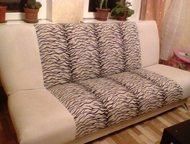 продаю диван диван в хорошее состоянии светло-серый