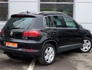 Volkswagen Tiguan 2015 г Комплектация:  – ESP;  – Центральный замок;  – Обогрев