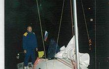 Продам парусно-моторную, килевую(8м) яхту в Питере