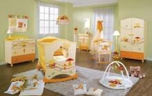 Продам коляски и кроватки для новорожденных