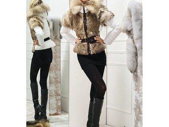 Смотреть фотографию Женская одежда Зимняя женская куртка Moncler 32101233 в Москве