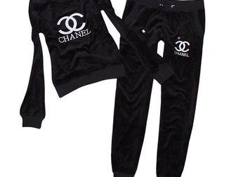 Новое фотографию Спортивная одежда Женский спортивный костюм от Chanel 32766288 в Москве