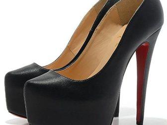 Скачать изображение Женская обувь Туфли Christian Louboutin Leather 33052976 в Москве