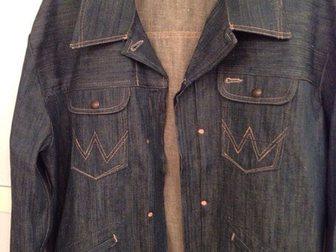 Скачать бесплатно foto Мужская одежда Джинсовка Wrangler XL(50-52) 33605036 в Москве