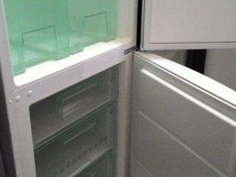 Уникальное фотографию Холодильники Холодильник Электролюкс, б/у, рабочий 34074683 в Москве
