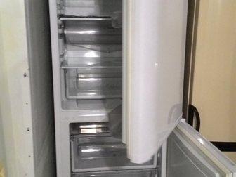 Скачать foto Холодильники Холодильник Hotpoint Ariston, б/у, рабочий 34119909 в Москве