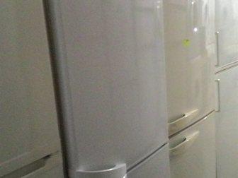 Увидеть foto Холодильники Холодильник Индезит, б/у, рабочий 34120036 в Москве