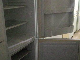 Смотреть фотографию Холодильники Холодильник Индезит, б/у, рабочий 34120036 в Москве