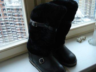 Смотреть фотографию  Продам новые унты из кожи на меху, 34903335 в Москве