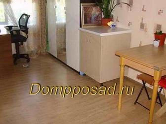 Продам комнату в трёхкомнатной квартире в 7 минутах ходьбы от метро Текстильщики,  Комната 18 м2 в хорошем состоянии, туалет с ванной раздельные, при желании оставим в Москве
