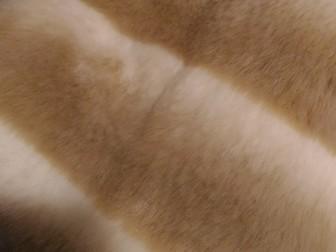 Новое изображение  Шуба из эко-меха под бежевую шиншиллу 37570983 в Москве