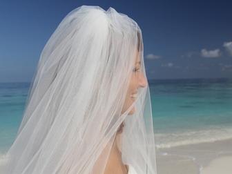 Новое foto Свадебные платья Продаю практически новое свадебное платье 40025170 в Москве