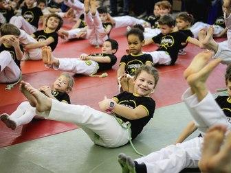 Свежее фото  Капоэйра Строгино, тренировки для детей! 40422038 в Москве