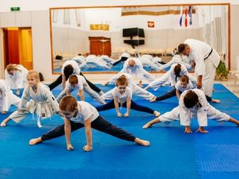 Смотреть фото Спортивные школы и секции Каратэ-до Сито-рю для детей и взрослых 67917100 в Москве