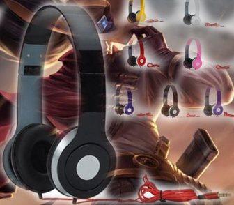 Изображение в   Дизайн и качество наушников Beats получили в Москве 399