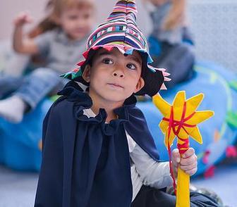 Фото в Образование Школы Английский детский центр Happy Bright рад в Москве 2000
