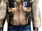 Увидеть фото  Шуба куртка волк меня на зеркальный фотоаппарат 34757439 в Нижнем Новгороде