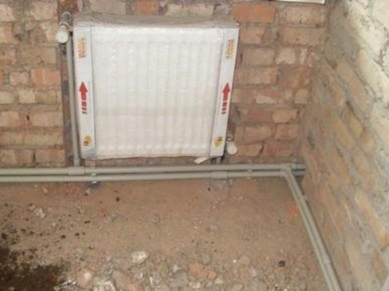 Радиатор за отопление в частна къща.