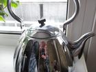 Смотреть фото Кухонные приборы электрический чайник новый 34497906 в Искитиме